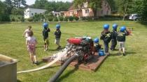 Fotogalerie - Den dětí - hasičský útok
